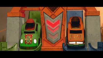 Fisher-Price Launch & Loop Raceway TV Spot, 'I Love Racing' - Thumbnail 4