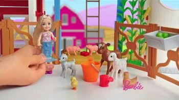 Barbie Sweet Orchard Farm Barn Playset TV Spot, 'Lend a Hand' - Thumbnail 6