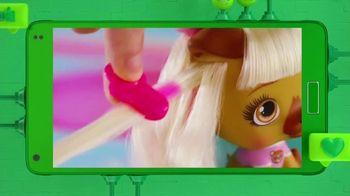 VIP Pets TV Spot, 'The Buzz: Fashionable Best Friends' - Thumbnail 6