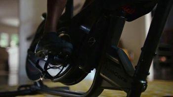 Bowflex VeloCore Bike TV Spot, 'Suburbs' - Thumbnail 5