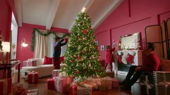 Lowe's TV Spot, 'Home for the Holidays' - Thumbnail 4