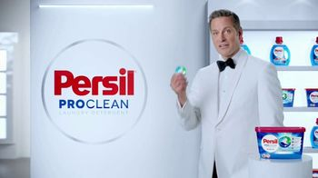 Persil ProClean TV Spot, 'Descubre una limpieza profunda' con Peter Hermann [Spanish] - Thumbnail 2