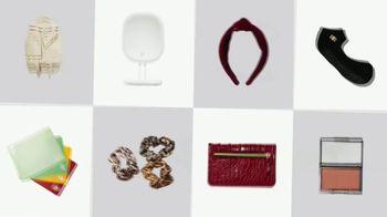 FabFitFun TV Spot, 'Winter Box: Stud Earrings, Ceramic Mug Set and Eyeshadow Palette'