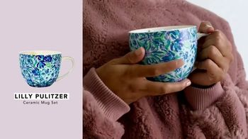 FabFitFun TV Spot, 'Winter Box: Stud Earrings, Ceramic Mug Set and Eyeshadow Palette' - Thumbnail 4