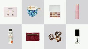 FabFitFun TV Spot, 'Winter Box: Stud Earrings, Ceramic Mug Set and Eyeshadow Palette' - Thumbnail 6