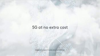 XFINITY Mobile TV Spot, 'Your Own Way: Save on Other Xfinity Services and Up to $400 Off' - Thumbnail 6