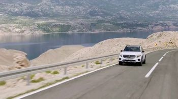 Mercedes-Benz TV Spot, 'Discovery Channel: The Challenge' [T1]