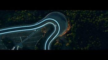 Lexus IS 350 F Sport TV Spot, 'Barrett-Jackson: Lexus Driving Signature' Featuring Townsend Bell [T1] - Thumbnail 6