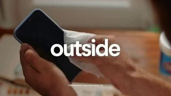 Clorox TV Spot, 'Leave the Outside, Outside' Song by Kali J - Thumbnail 8