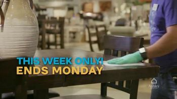Ashley HomeStore 2 Biggest Days to Save TV Spot, '25% Off: Extended' - Thumbnail 5