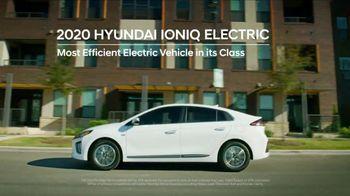 Hyundai TV Spot, 'Meet the Family' [T2] - Thumbnail 3