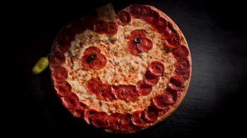 Papa John's Jack-O'-Lantern Pizza TV Spot, 'Spookiest' - Thumbnail 4
