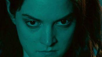 Mars, Inc. TV Spot, 'Bite Size Halloween: Werecat' - Thumbnail 8