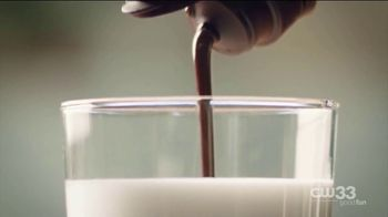 Hershey's Syrup TV Spot, 'Spin of a Spoon' - Thumbnail 3