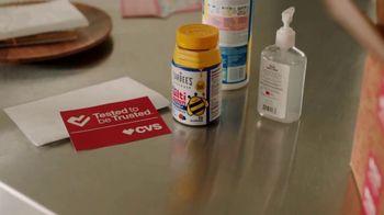 CVS Health TV Spot, 'Superhero: $5 Off $20 With Flu Shot: Mucinex' - Thumbnail 5