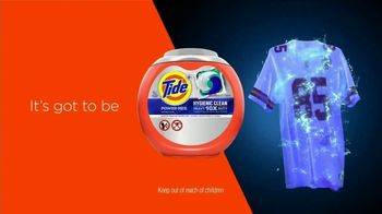 Tide TV Spot, 'First Clean Jersey Swap' Featuring Peyton Manning - Thumbnail 10