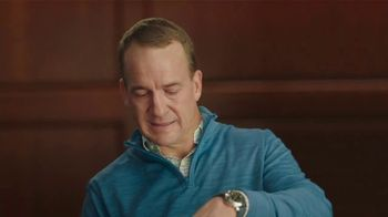 Tide TV Spot, 'First Clean Jersey Swap' Featuring Peyton Manning - Thumbnail 8