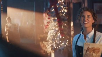 Cracker Barrel Old Country Store and Restaurant Country Fried Turkey TV Spot, 'Holiday Return' - Thumbnail 8