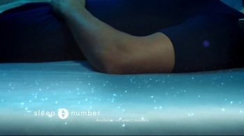 Sleep Number Weekend Special TV Spot, 'Temperature Balance: Winter: Save up to $700' - Thumbnail 4