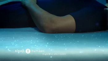 Sleep Number Weekend Special TV Spot, 'Temperature Balance: Winter: Save up to $700' - Thumbnail 3