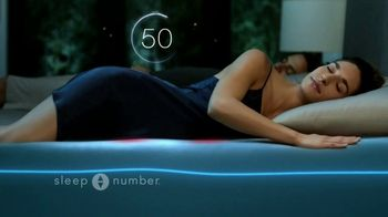 Sleep Number Weekend Special TV Spot, 'Temperature Balance: Winter: Save up to $700' - Thumbnail 5