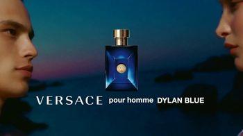 Versace Fragrances Dylan Blue TV Spot, 'Upside Down' Featuring Louis Baines, Bella Hadid - Thumbnail 10