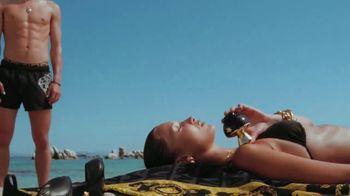 Versace Fragrances Dylan Blue TV Spot, 'Upside Down' Featuring Louis Baines, Bella Hadid - Thumbnail 6