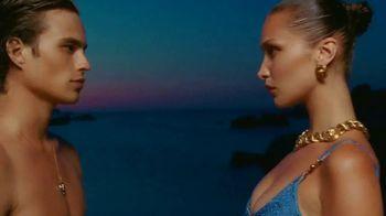 Versace Fragrances Dylan Blue TV Spot, 'Upside Down' Featuring Louis Baines, Bella Hadid - Thumbnail 9
