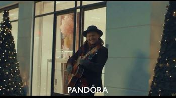 Pandora TV Spot, 'Make Her Shine This Holiday: Free Gift'
