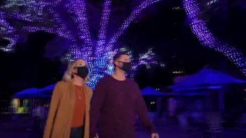 SeaWorld Christmas Celebration TV Spot, 'Annual Pass' - Thumbnail 3