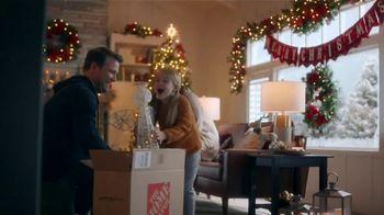 The Home Depot TV Spot, 'Holiday Cheer' - Thumbnail 4