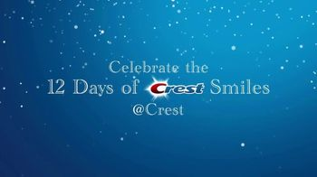 Crest TV Spot, 'The Official Toothpaste of Santa: 12 Days of Smiles' - Thumbnail 10