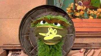 Centers for Disease Control and Prevention TV Spot, 'Oscar the Grouch: Wear a Mask' - Thumbnail 8