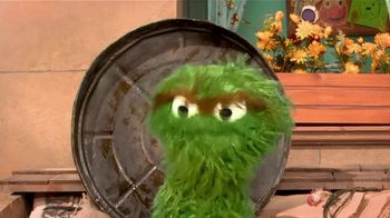 Centers for Disease Control and Prevention TV Spot, 'Oscar the Grouch: Wear a Mask' - Thumbnail 1