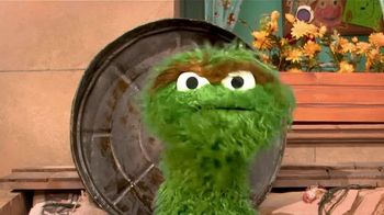 Centers for Disease Control and Prevention TV Spot, 'Oscar the Grouch: Wear a Mask' - Thumbnail 2