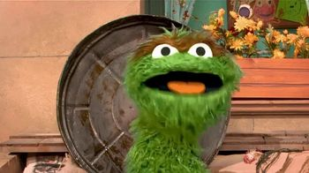 Centers for Disease Control and Prevention TV Spot, 'Oscar the Grouch: Wear a Mask' - Thumbnail 4