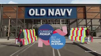 Old Navy TV Spot, 'Safest Way to Gift' Featuring RuPaul - Thumbnail 6