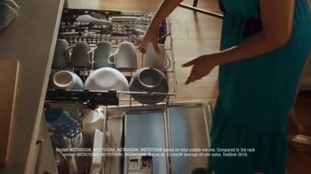 Whirlpool TV Spot, 'Holidays: Largest Capacity Third Rack' - Thumbnail 9
