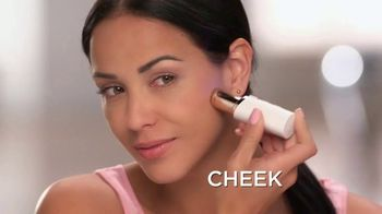 Finishing Touch Flawless TV Spot, 'Look and Feel Your Best' - Thumbnail 7