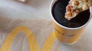 McDonald's Bakery Sweets TV Spot, 'Apple Fritter: Behold' - Thumbnail 4