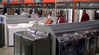 The Home Depot Black Friday Prices TV Spot, 'Holiday Help: Samsung Laundry Pairs for $598' - Thumbnail 1