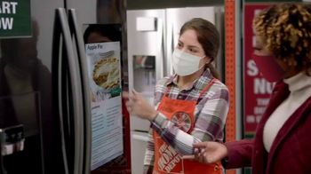 The Home Depot Black Friday Prices TV Spot, 'Holiday Help: Samsung Laundry Pairs for $598' - Thumbnail 2