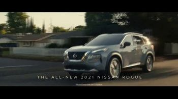 2021 Nissan Rogue TV Spot, 'Ready. Set. Rogue.' Featuring Brie Larson, Song by Blondie [T1] - Thumbnail 2
