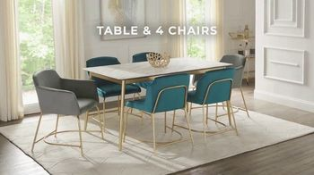 Rooms to Go Holiday Sale TV Spot, 'Modern Five Piece Dining Set: $699' - Thumbnail 2