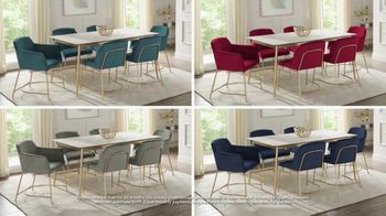 Rooms to Go Holiday Sale TV Spot, 'Modern Five Piece Dining Set: $699' - Thumbnail 6