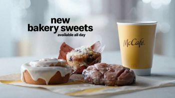 McDonald's Bakery Sweets TV Spot, 'Blueberry Muffin' - Thumbnail 9