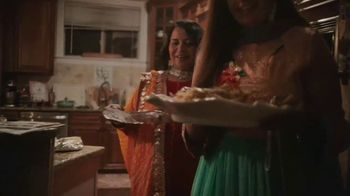 Chinet TV Spot, 'Holidays: Around the Table' - Thumbnail 2