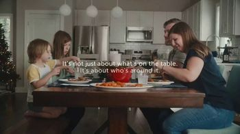 Chinet TV Spot, 'Holidays: Around the Table' - Thumbnail 5
