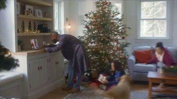 L.L. Bean TV Spot, 'Holidays: Comfortable' Song by Fleetwood Mac - Thumbnail 3