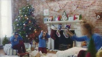L.L. Bean TV Spot, 'Holidays: Comfortable' Song by Fleetwood Mac - Thumbnail 7